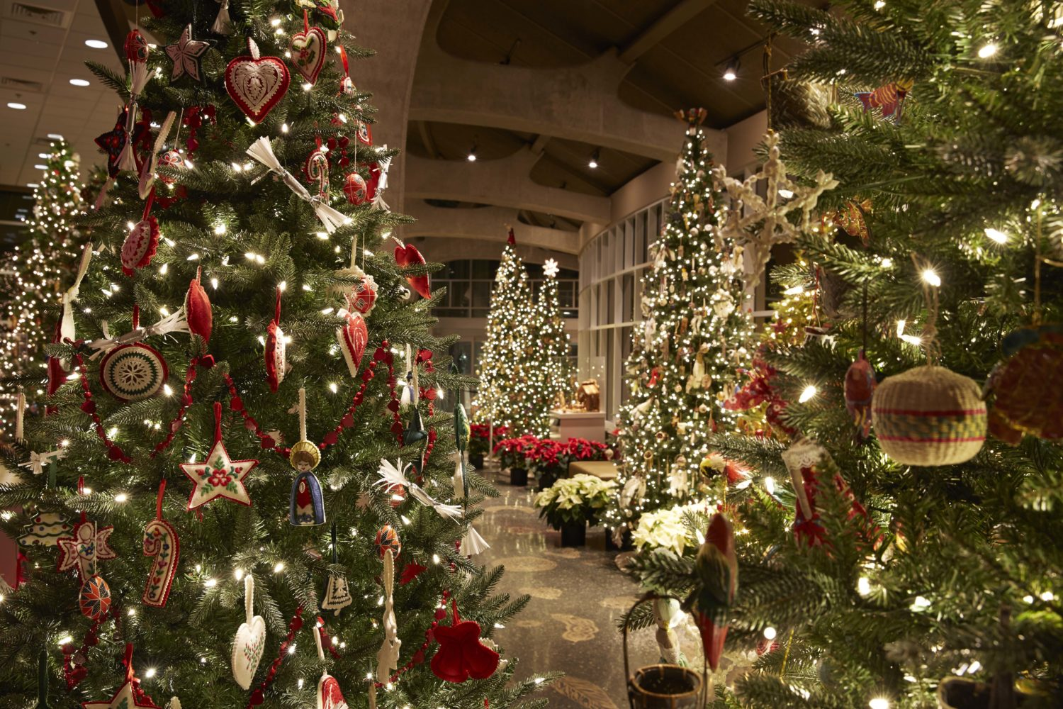 Meijer Gardens Celebrates The Holidays With More Than 40